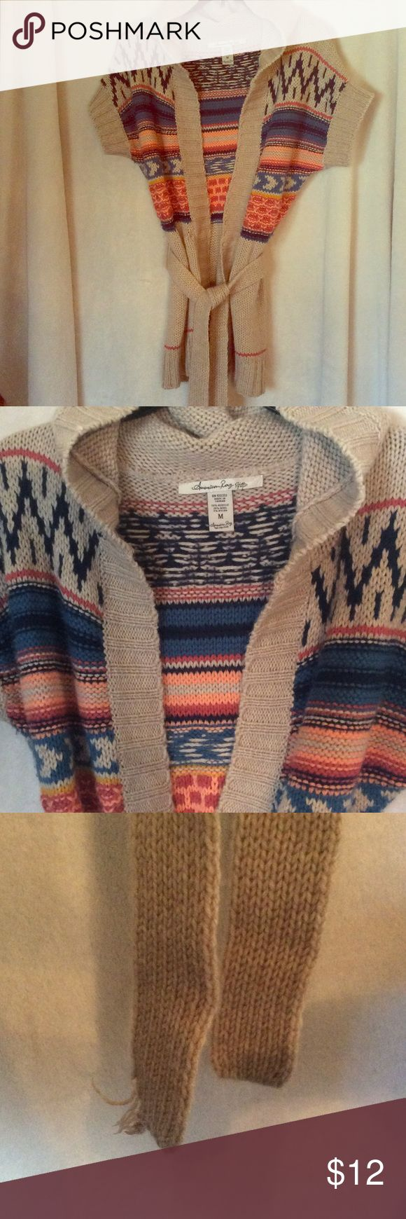 American Rag Aztec Sweater Cardigan M 💙 Cute American Rag Size Medium Sweater Cardigan Only flaw is the end of the belt easy fix if you know what your doing: hence the price :) Enjoy! American Rag Sweaters Cardigans
