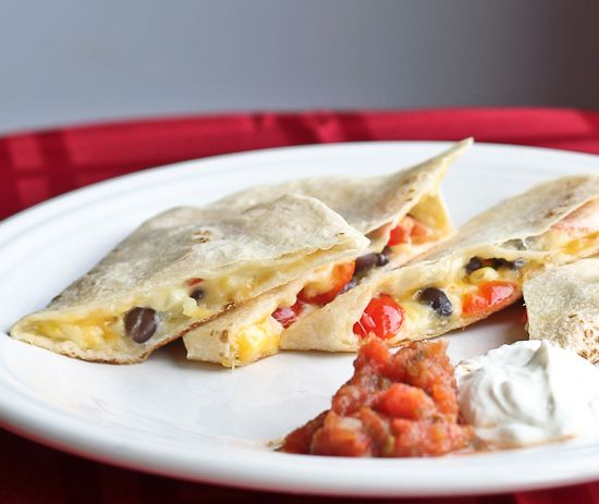Use cheese and veggies from the salad bar to make a quesadilla. You can do it in the microwave, or use the panini press if there is one. |  Food Hacks For College Cafeterias