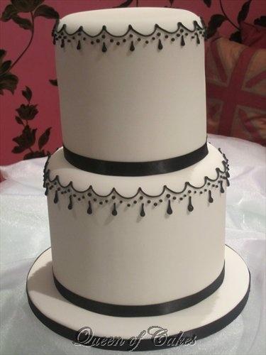 The Parisian Chic cake