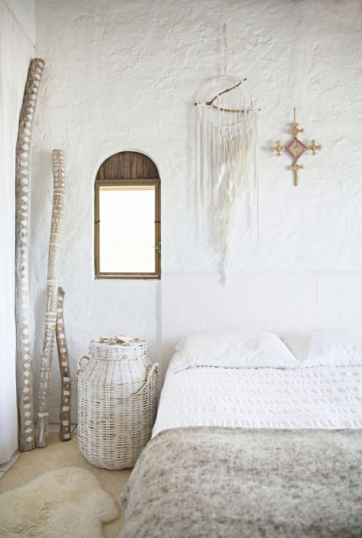 Une chambre ethnique chic toute blanche food and drink d co chambre boh me maison boh me et - Chambre toute blanche ...