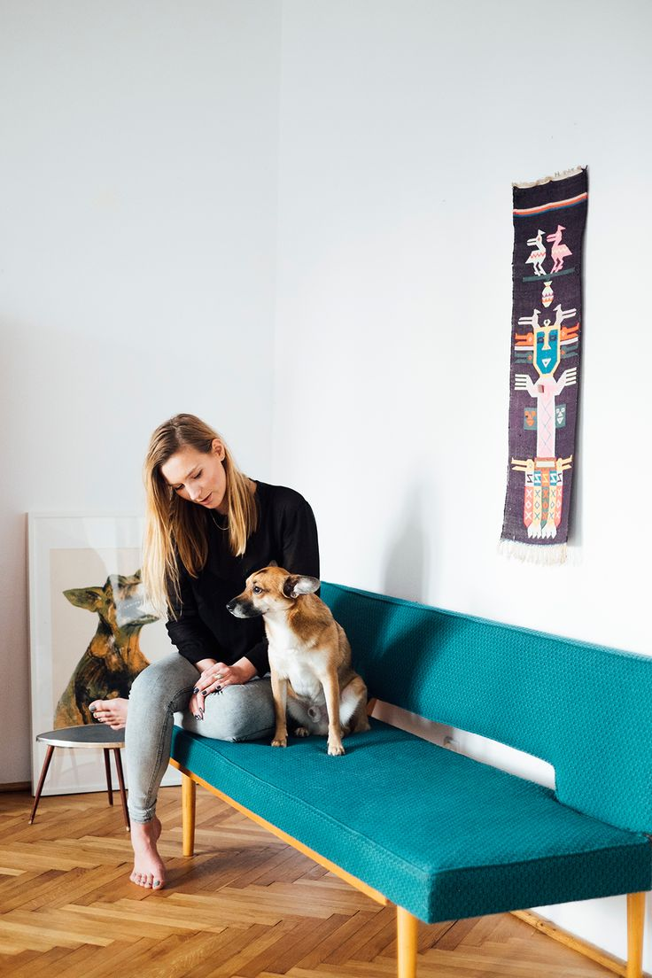 """We visited Julia Mirny's apartment as a part of our """"Details"""" editorial. You can read more here: http://patyna.pl/juliamirny/ (in Polish) http://patyna.pl/details-juliamirny/ (in English) #vintage #vintagefinds #fleamarket #fleamarketfinds #home #visit #interior #apartment #furniture #decor #design #photoshoot #editorial"""