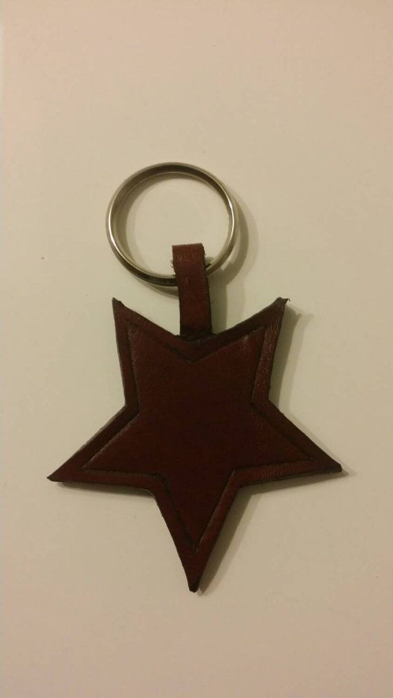 Check out this item in my Etsy shop https://www.etsy.com/listing/220434716/leather-keychain-star