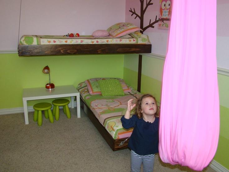 Suspended beds for kids bedroom kids pinterest for Suspended beds for kids