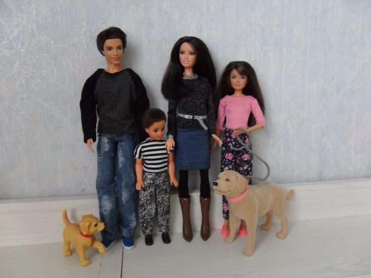 Eigen barbie s on pinterest toddlers met and barbie happy family