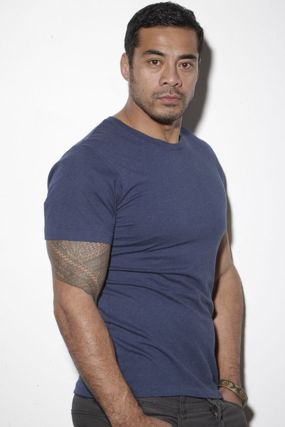 CAST: Robbie Magasiva (Samoan). Actor seen in THE LORD OF THE RINGS 2, SHORTLAND STREET (TV, 324 episodes), WENTWORTH PRISON (TV, 22 episodes)