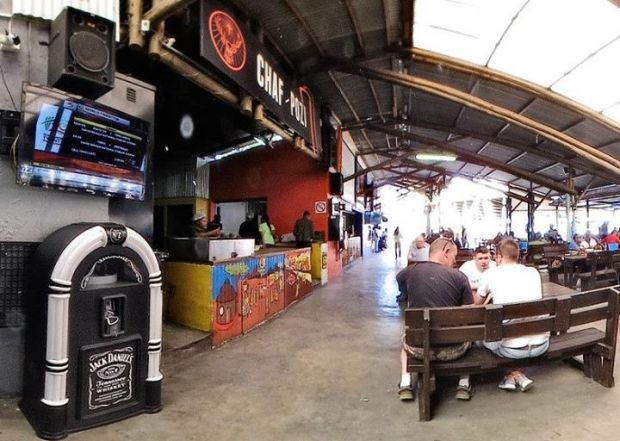 Chaf Pozi, a township-style restaurant and chill spot in Soweto, Gauteng, located at the base of the Orlando Towers.  http://www.gauteng.net/attractions/entry/orlando_towers/