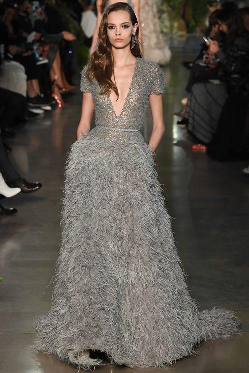 Le défilé Elie Saab Couture printemps-été 2015