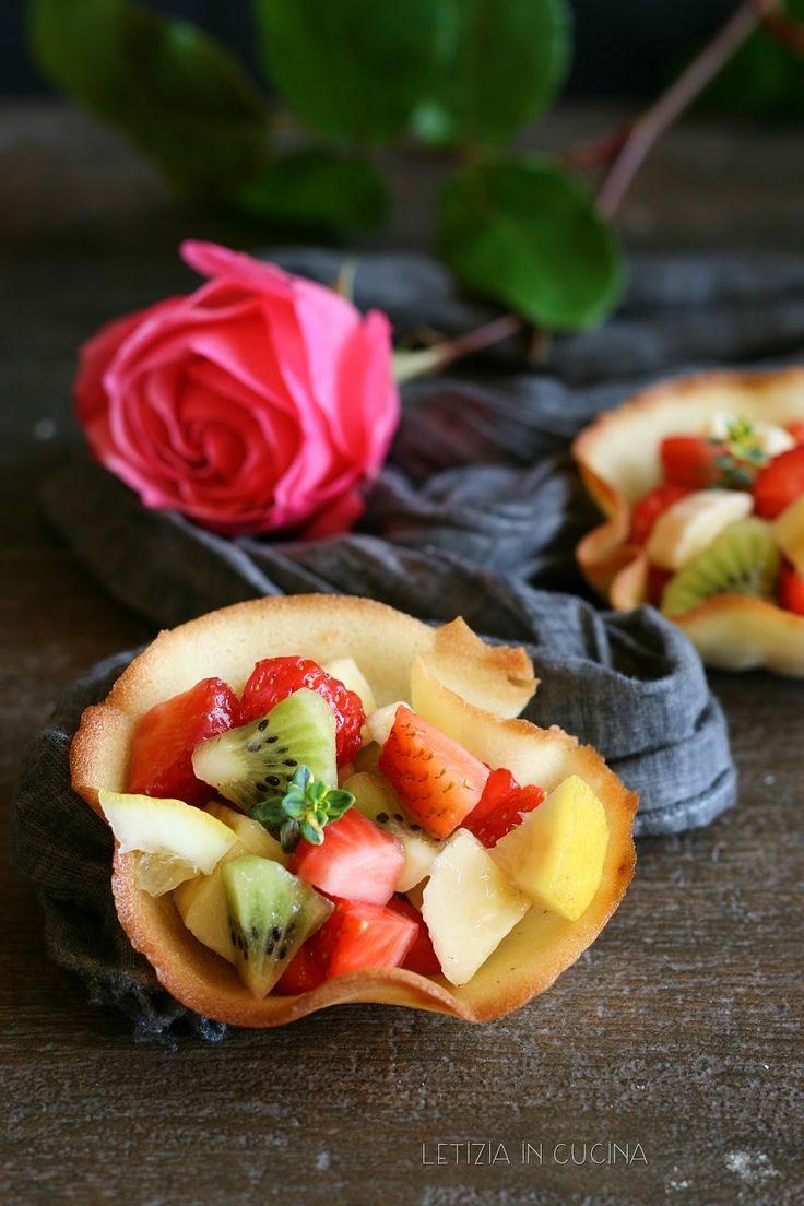 Letizia in Cucina: Cestini di cialda croccante con frutta fresca