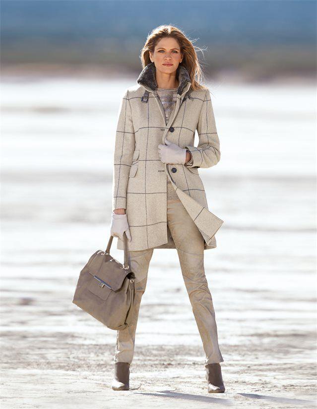 Schmale, beschichtete Damen-Jeans mit Stretchkomfort in der Farbe helltaupe - taupe - im MADELEINE Mode Onlineshop