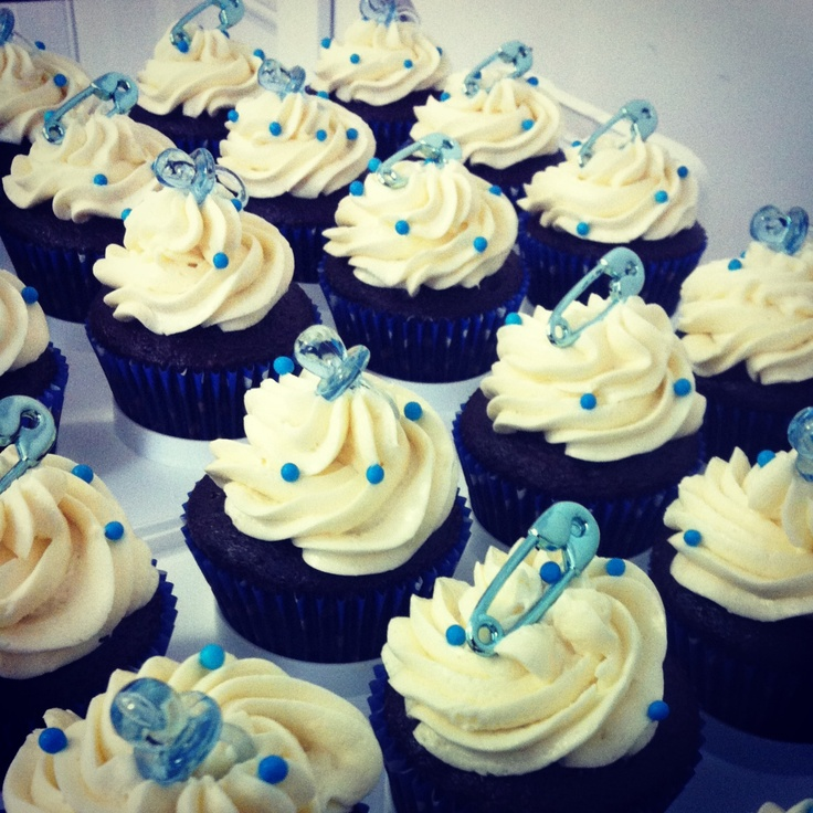 17 best images about baby shower cupcakes on pinterest for Baby boy cake decoration ideas