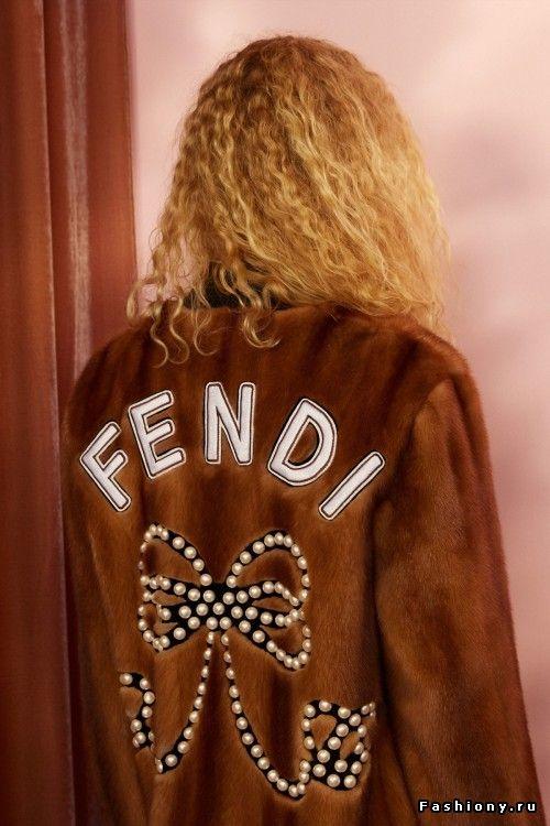 Fendi Круизная коллекция 2018