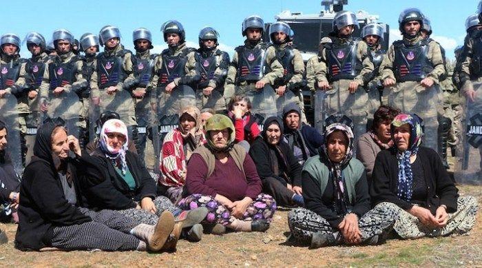Rojava marca el camino, mujeres Kurdas, Kurdistán, PKK, gobierno de Erdogan, El pueblo Kurdo, a través del Confederalismo Democrático