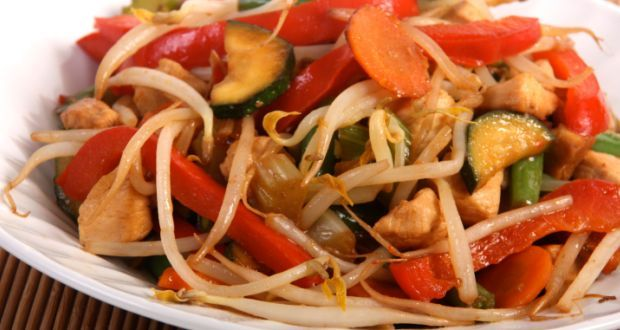 Vegetable Chopsuey Recipe - An all time favorite Chinese dish that never fails to delight. Saucy vegetables topped with crisp fried noodles.
