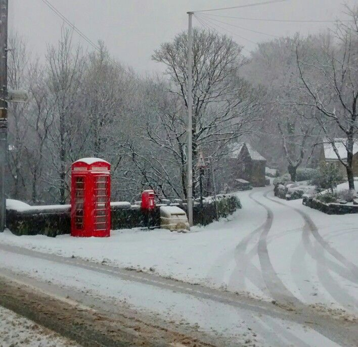 Snow in Saddleworth England