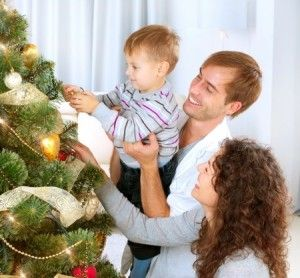Decorating your tree inexpensively