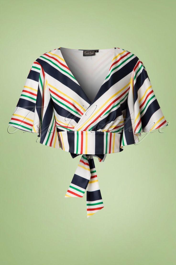 Dieses 40s Gabby Stripes Top bringt die Eleganz aus den 40er Jahren zurück!Dieses bauchfreie Top ist inspiriert an der Mode den man in den 40er Jahren auf einer Kreuzfahrt trug und sooo hübsch..es darf einfach nicht fehlen in deinem Kleiderschrank! In eleganter Wickeloptik mit 2 Bändchen die man auf der Rückseite zusammenbinden kann, und Flügelärmel die einen klassischen Kimono-Look verleihen, was wünscht Frau sich noch mehr? Her...