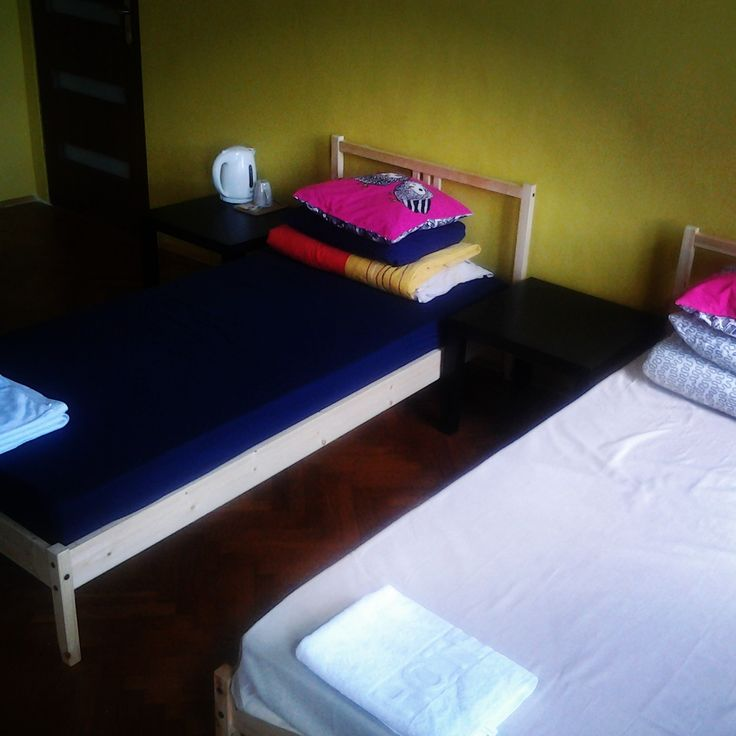 Big room with 4 single beds
