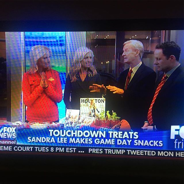 #superbowl volunteer host committee chair @sandraleeonline promoting her @houston_magazine cover on @foxandfriends! #superbowl #superbowl2017 #hostesswiththemostess #hostesswiththemostest #sandralee #foxandfriends #magazinecover #magazines  via MODERN LUXURY MAGAZINE OFFICIAL INSTAGRAM - Luxury  Lifestyle  Culture  Travel  Tech  Gadgets  Jewelry  Cars  Gaming  Entertainment  Fitness