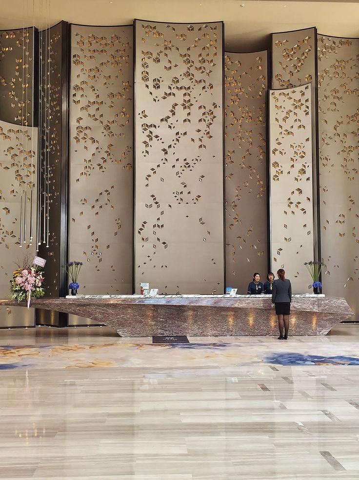 Sheraton Hotel Nansha Main Lobby Reception by HBA Design - H Team