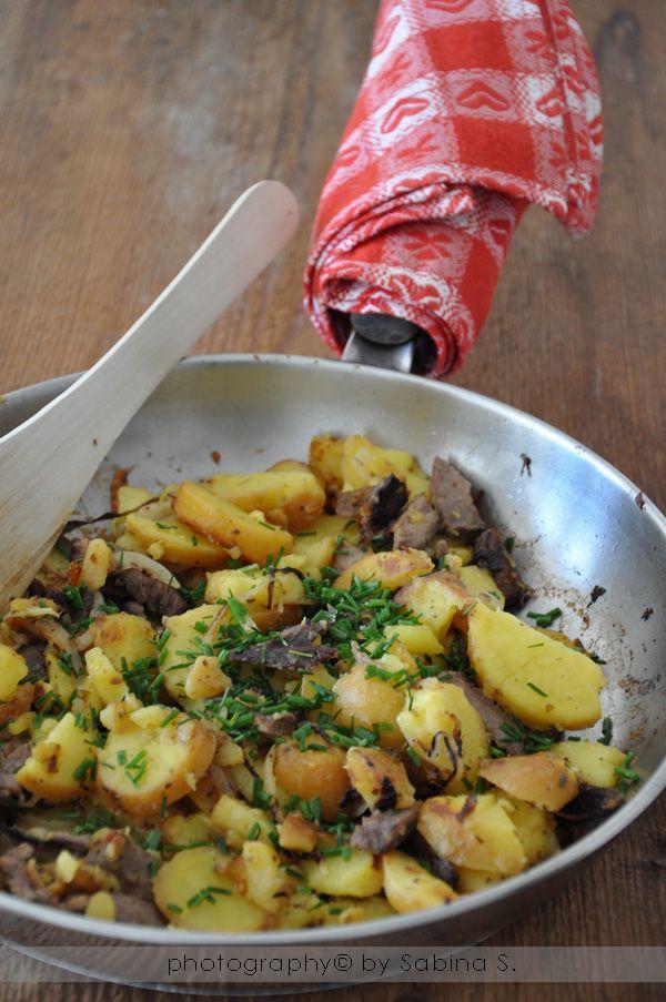 """Due bionde in cucina: """"Bauerngröstel"""" padellata del contadino -Alto Adige"""