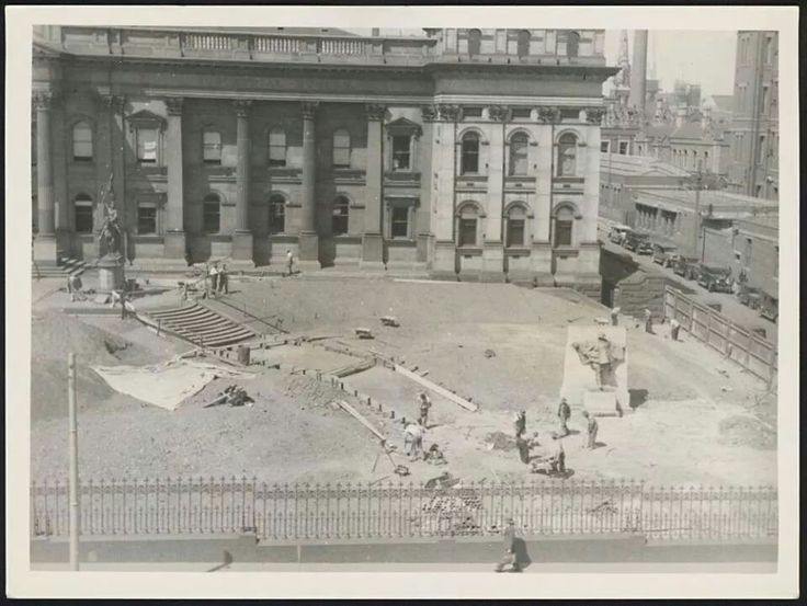Landscaping to the front of State Library of Victoria in 1939.A♥W