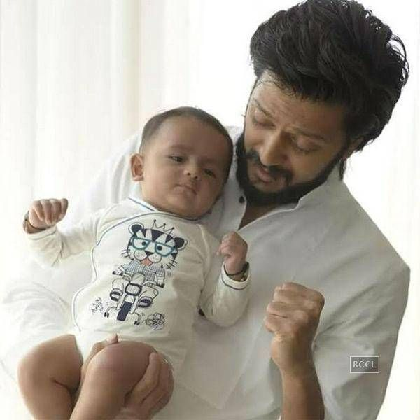 Riteish Deshmukh And Genelia DSouza Reveal The First Look Of Their Son Riaan