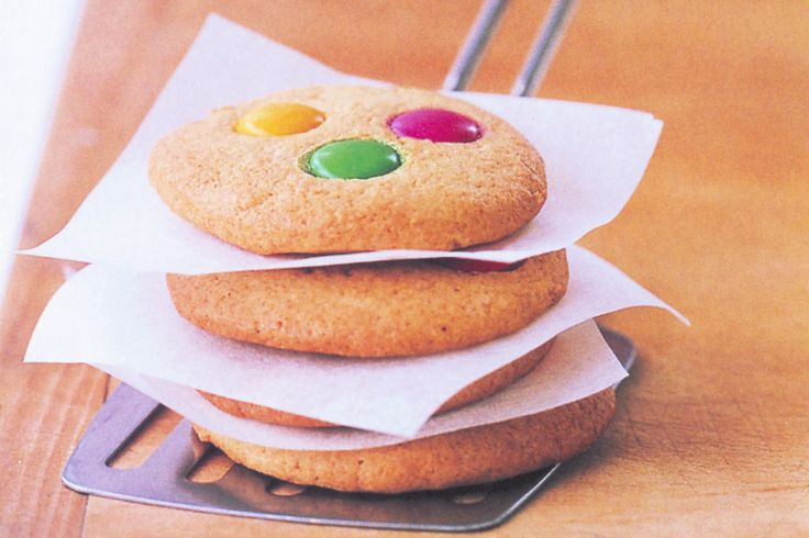 Get the kids in the kitchen this Saturday and make these fun biscuits together!