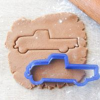 "Cookie cutter ""Car pick-up"""