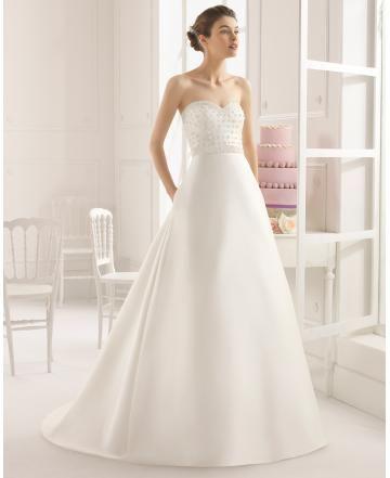 A-linie srdíčko satén s Lišty s hlubokým výstřihem bez rukávů módní svatební šaty