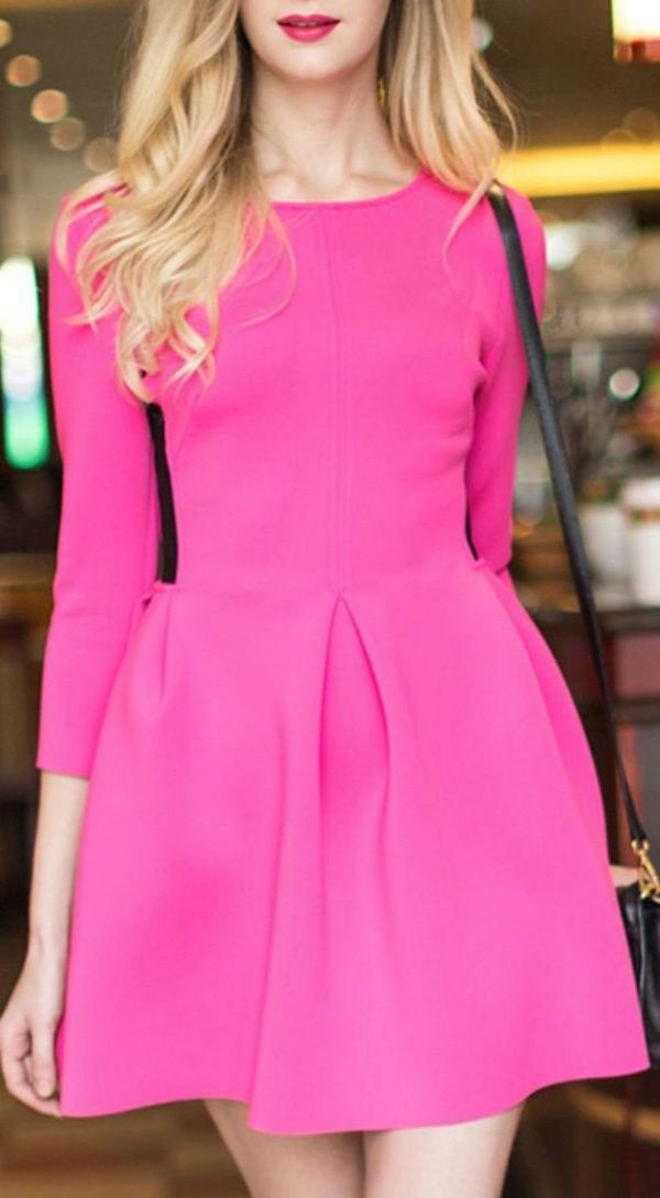Hot pink is always a good idea, especially when it comes to wedding guest style! | http://weddingpartyapp.com/blog/2014/04/16/stylish-wedding-guest-looks-pinterest-trend/