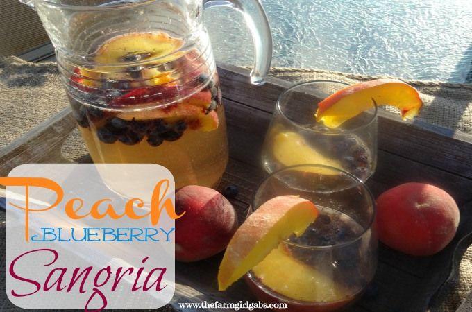 Peach Blueberry Sangria - www.thefarmgirlgabs.com