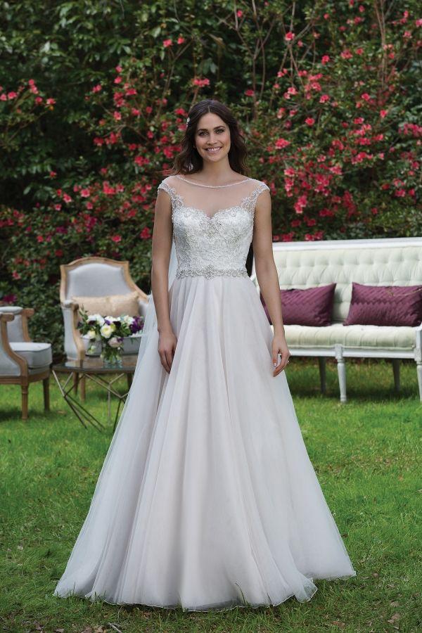 37 besten Wedding Dress Sample Sale Bilder auf Pinterest ...