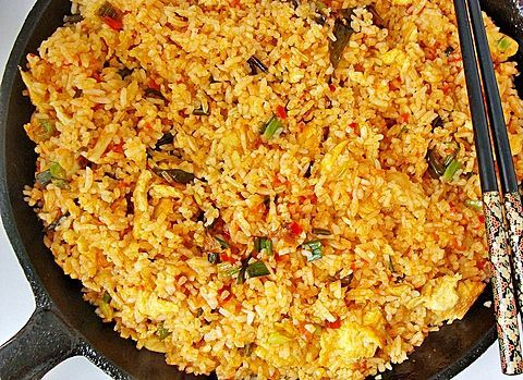01 of 06This classic Thai pineapple fried rice recipe is real vegetarian Thai food. Make this easy fried rice at home - it's as good or better than take-out fried rice! Thai jasmine rice is fried up …