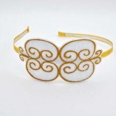 Serre-tête romantique, rétro, arabesques dorées, feutrine blanche brodée