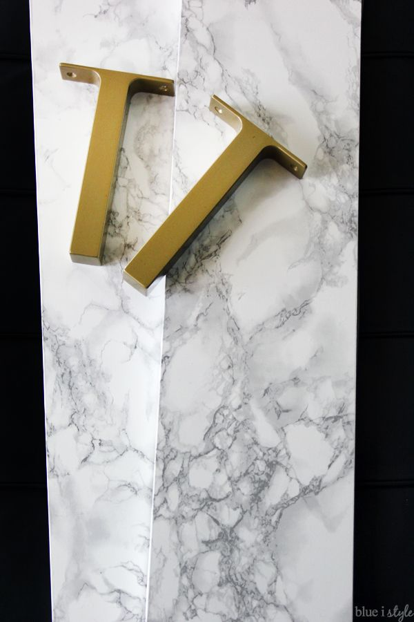 {diy with style} Faux Marble Shelves: An IKEA EKBY Hack | Blue i Style