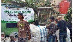Nasabah Bank Sampah Karang Taruna Pluit Naik 100 Persen