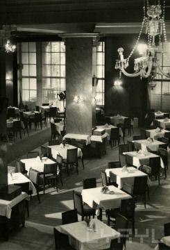 Restauracja Arkadia na pl. Wolności