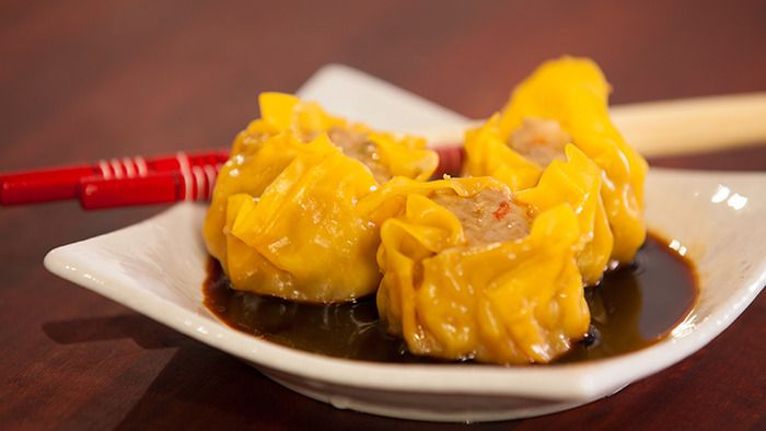 Pork prawn and shallot steam wontons - delicious and simple to make.