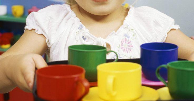 Proyectos abiertos para niños en edad preescolar. Durante los años preescolares, los niños desarrollan los conocimientos e intereses básicos que son esenciales para su crecimiento como estudiantes, lectores y escritores exitosos. Al involucrar a los niños en edad preescolar en una variedad de proyectos abiertos, los profesores pueden ayudarles a desarrollar sus propias ideas sobre el mundo. ...
