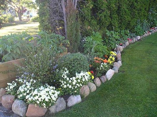 26 best colonial landscaping images on pinterest for Smooth river rocks for landscaping