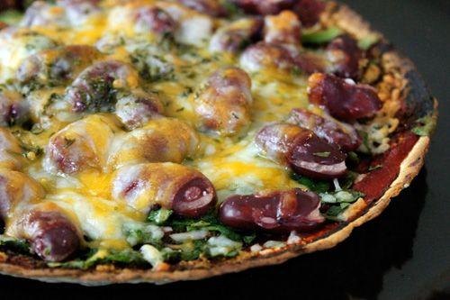 Vegetarian Chili Pizza! Click here for the recipe!