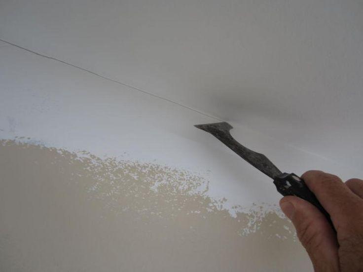 Les maîtres-peintres n'ont jamais besoin de ruban à masquer! Avec ce truc, faire un découpage parfait entre le plafond et le mur devient un jeu d'enfant! - Les Maisons