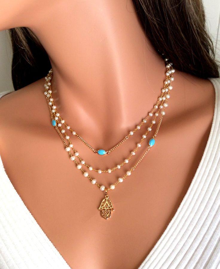 Collar de hamsa de oro llena de perlas de agua dulce turquesa
