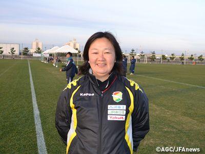 小林美由紀 監督(ジェフユナイテッド市原・千葉レディースU-18) 2014年1月当時  第17回全日本女子ユースサッカー選手権大会 大会が開幕し、1回戦8試合を行う