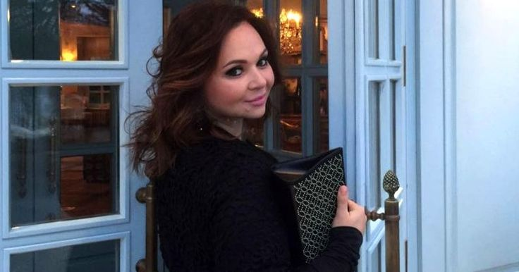 PAUL JOSEPH WATSON reports:  Questions are swirling over Russian lawyer Natalia Veselnitskaya after a  picture of her with Obama's ambassador to Russia emerged that was taken  just eight days after she met with Donald Trump Jnr.  Veselnitskaya first met with Don Jr. after promising him politic