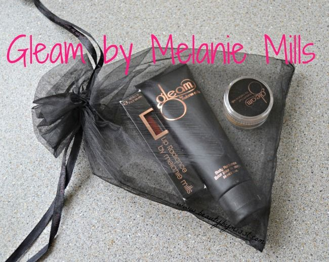 Gleam by Melanie Mills Body Radiance, Radiant Dust and Lip Radiance #review and #swatches  #Gleam  #gleamgirl  #gleamalicious  #iamgleam   #beauty
