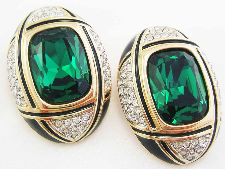 Vintage Swarovski Crystal EMERALD GREEN Gold PlateIce Crystal Earrings SWAN Clip #SWAROVSKI #Clipon