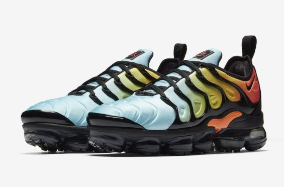 dbce34fd9dd Release Date  Nike WMNS Air VaporMax Plus Bleached Aqua The Nike Air  VaporMax Plus makes