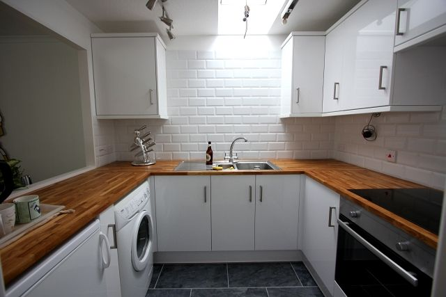 White Brick Tile Wall Kitchen Grout