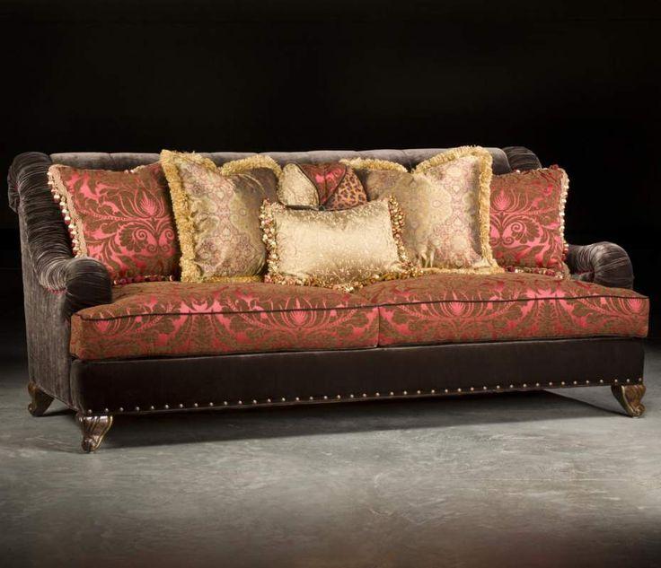 Traditional Sofas Valentino Traditional Sofa